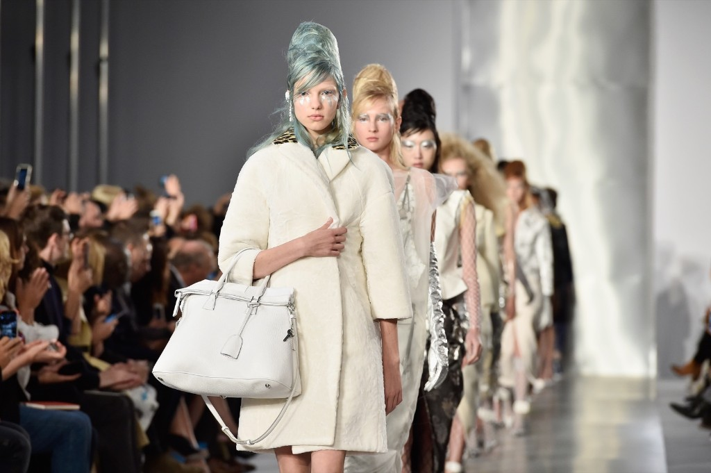 Paris Fashion Week Opens: Pictures