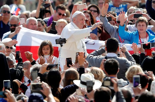 Pope denounces 'hardships and trials' facing Catholics in China
