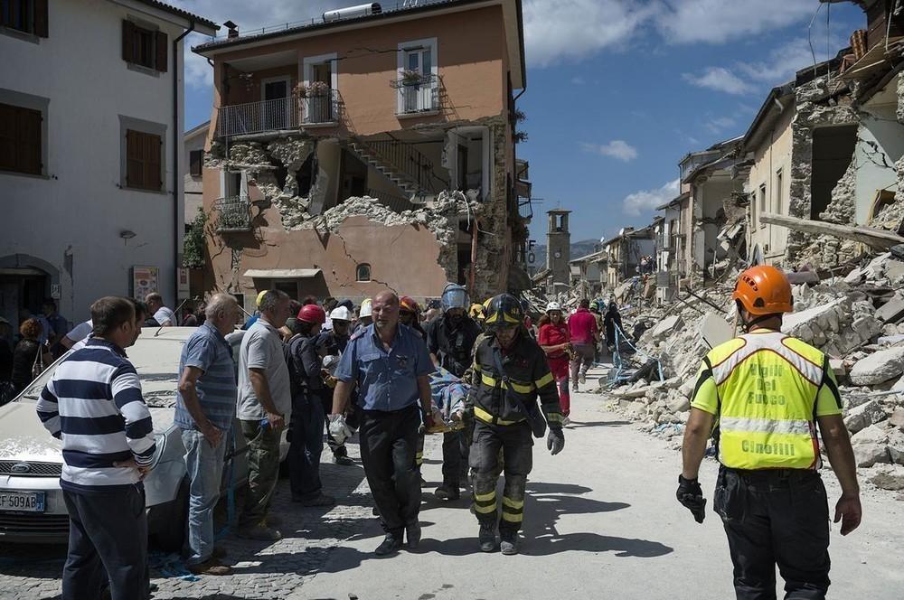 Un'esperta spiega come si presta soccorso psicologico alle vittime del terremoto