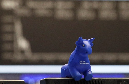 Anleger warten Fortschritte bei Handelsgesprächen ab