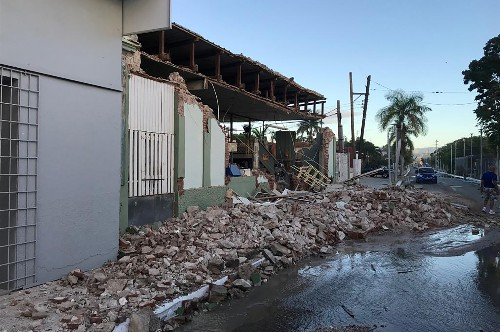 'Everyone's scared' - Puerto Rico declares emergency after earthquakes