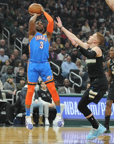 Bucks end Thunder's 5-game win streak in blowout fashion