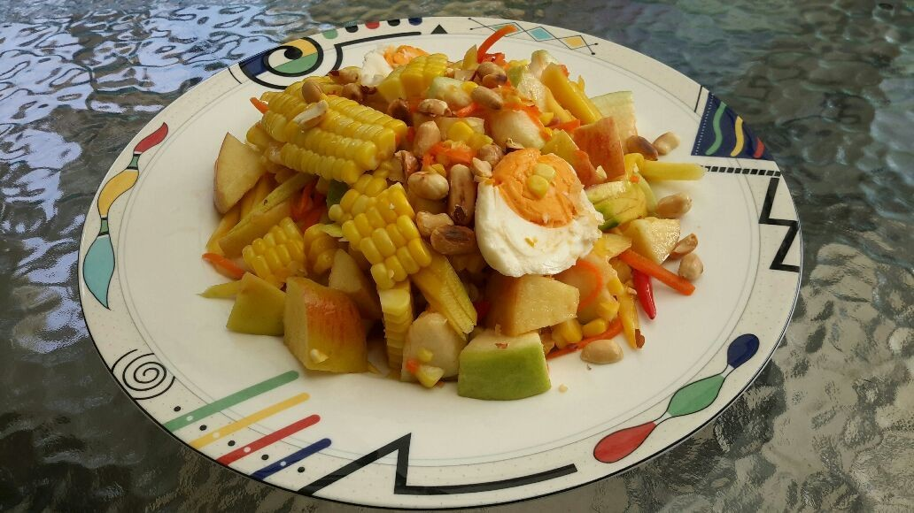 Spicy Fruits salad : SomTum with corn and fruits