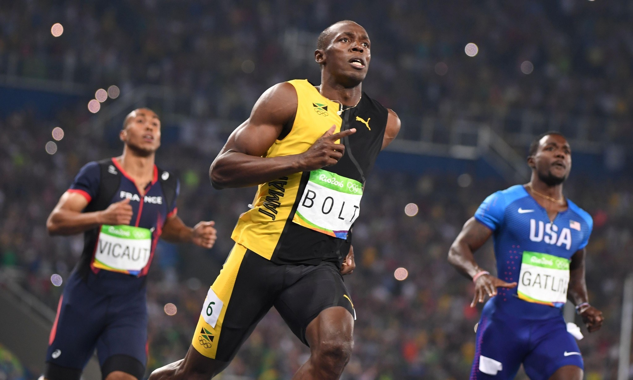 Usain Bolt surges past Justin Gatlin to win historic Olympic 100m gold in Rio