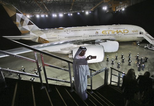 Abu Dhabi's long-troubled Etihad sells 38 planes for $1B