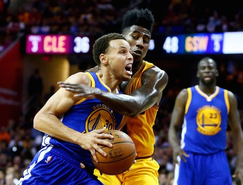 Game Four Victory for Golden State Over Cleveland