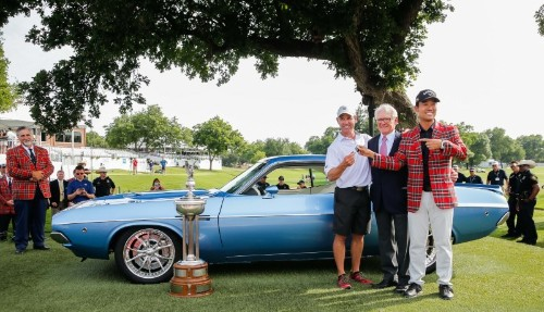 Na gifts caddie 1973 Challenger after Colonial win