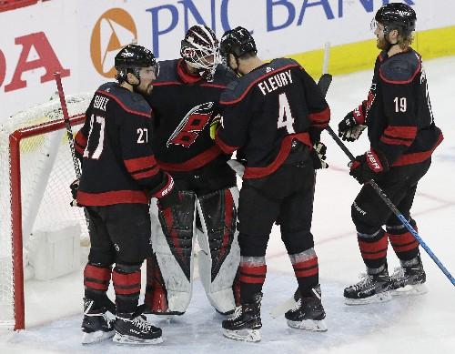 Hurricanes beat Islanders 5-2, take 3-0 series lead