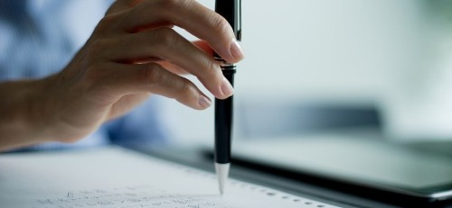Set Yourself Up for a Successful Day With 11 Words, 5 Minutes, and a Pen and Paper