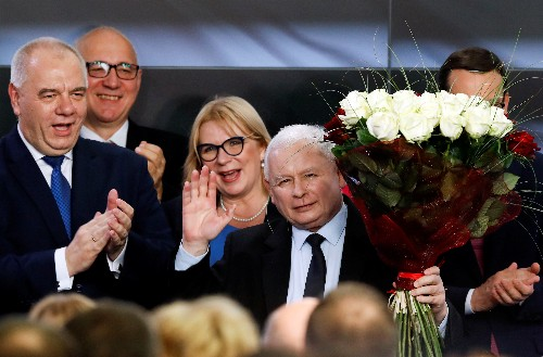 Poland's PiS mulls personnel changes to energy brief in new government
