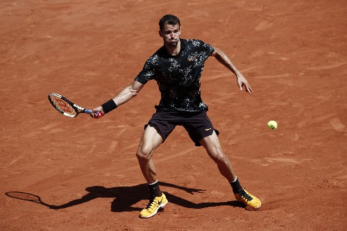 Tennis: Wawrinka relishes second career shot as he lines up Tsitsipas