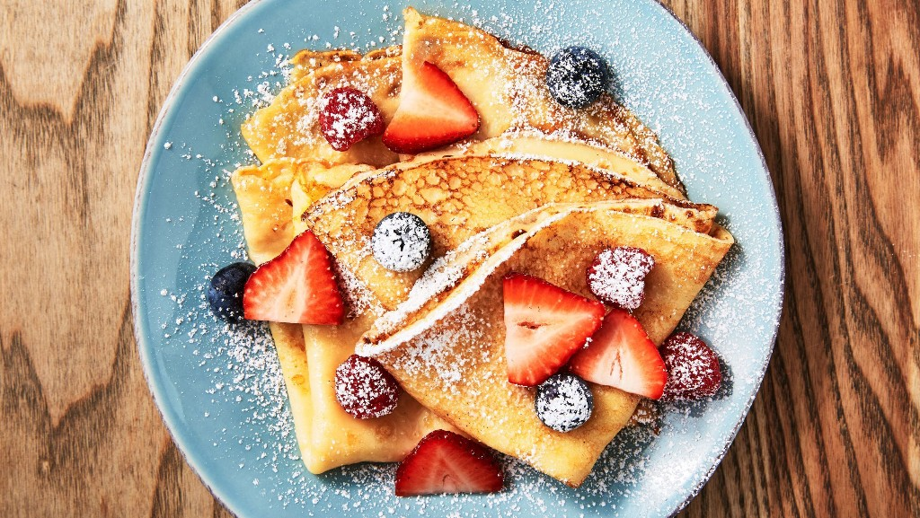 Easy Crepes Couldn't Be Simpler
