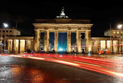 Tesla-Investition dürfte Fachkräftemangel in Berlin noch verschärfen
