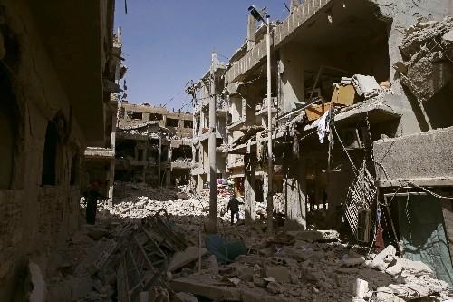 Syrian army prepares 'huge' operation in last rebel bastion as pressure mounts