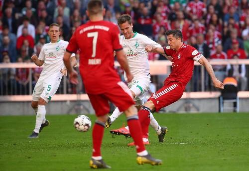 Soccer: Suele winner keeps Bayern on track for Bundesliga title