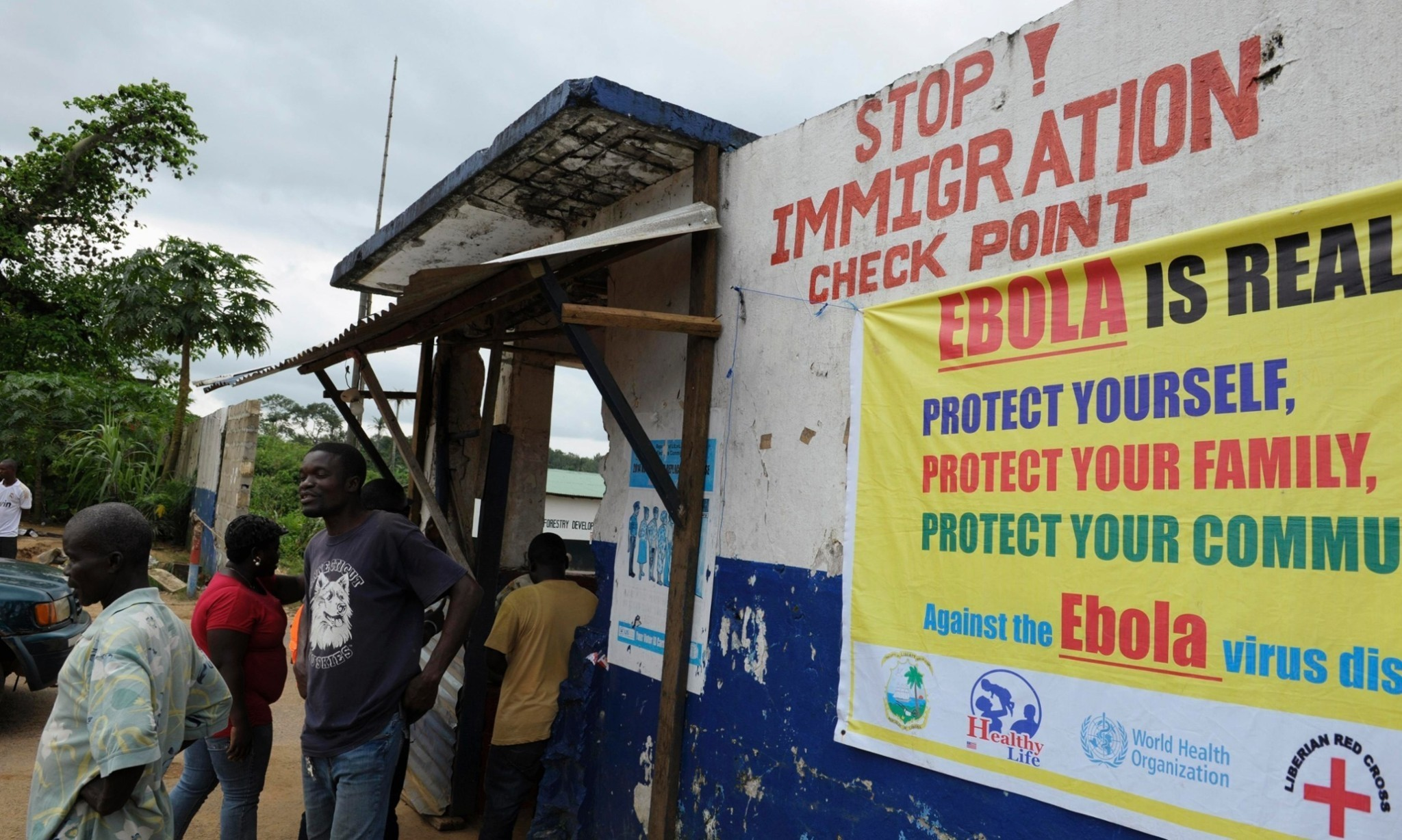 Ebola outbreak: Liberia says experimental drug on the way from US