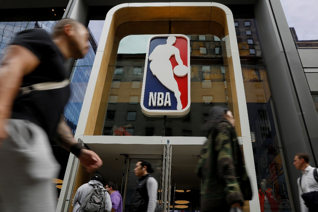 NBA team owners pledge $300 million over 10 years to Black empowerment