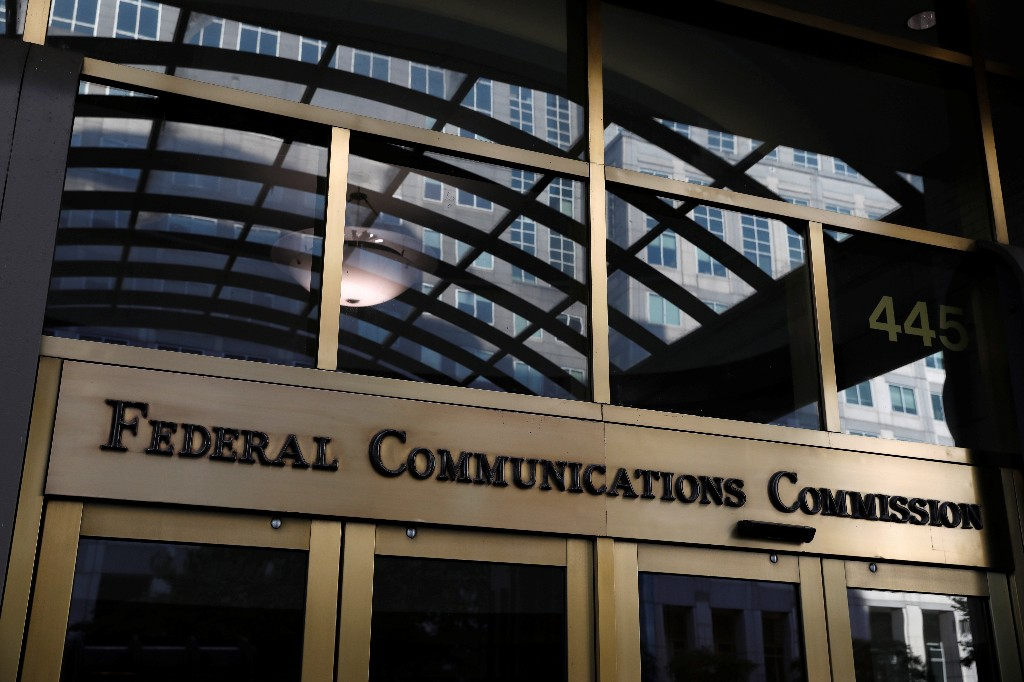 FCC wants U.S. broadcasters to identify foreign-government sponsors of programs