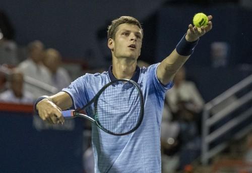 Pole Hurkacz lifts first ATP trophy at Winston-Salem Open