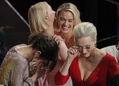 The Envelope Please: Pictures from the Oscars