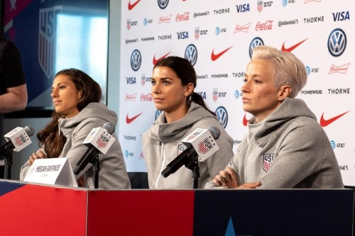 Soccer: Holders U.S. shrug off weight of World Cup expectations