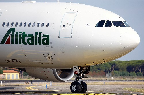 Italian airline Alitalia's rescue in doubt as Atlantia backtracks