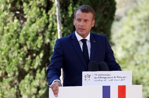 Macron rend hommage aux héros africains du débarquement de Provence