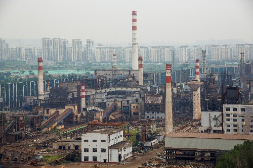 China's steel heartland tests mills' mettle with new smog-busting plan