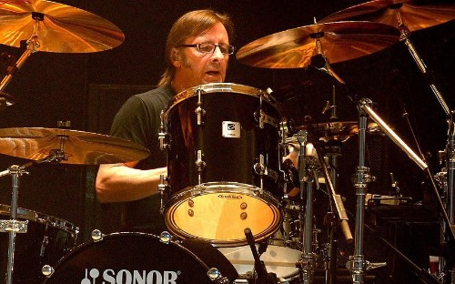 Murder-for-hire charge against AC/DC drummer Phil Rudd dropped