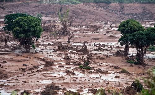 Mariana e Paris: Tragédias que abalaram o Brasil e o mundo