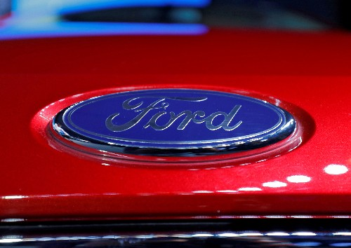 Mahindra signs deal with Ford Motor to make midsize SUVs in India