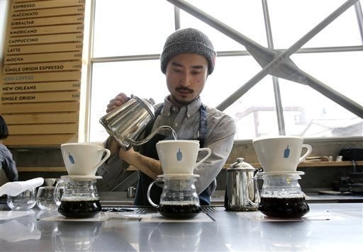 People in Japan are waiting four hours for a cup of Blue Bottle coffee