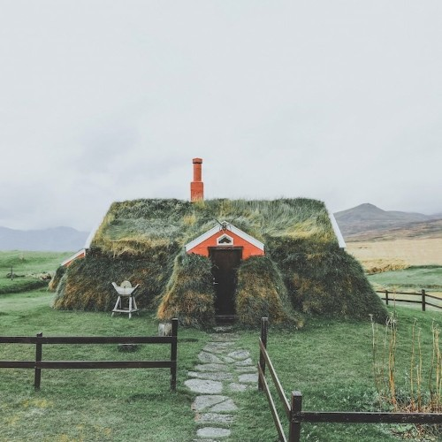 Quaint Turf House in Iceland Looks Like It's Rising Up from the Earth