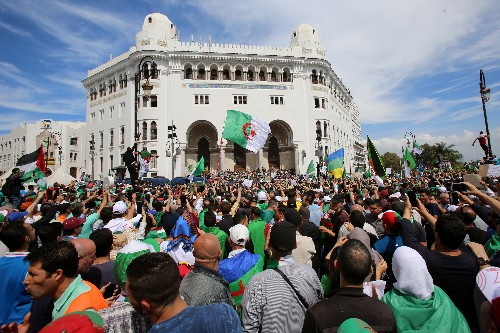Algeria's army chief says elections are best way out of crisis