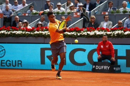 Tennis: Auger-Aliassime set for Paire showdown in Lyon final