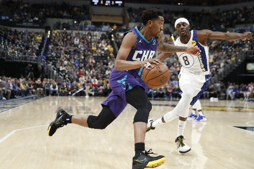 Streaking Pacers cruise past Hornets