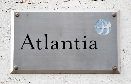 Neuer Atlantia-Chef geht im Autobahn-Streit auf Regierung zu