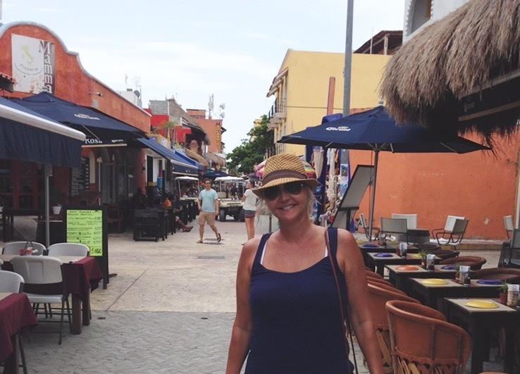 Downtown Isla Mureres