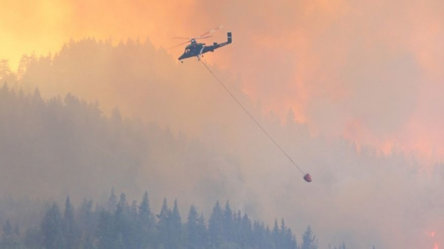 Hundreds of homes threatened by Washington state wildfire