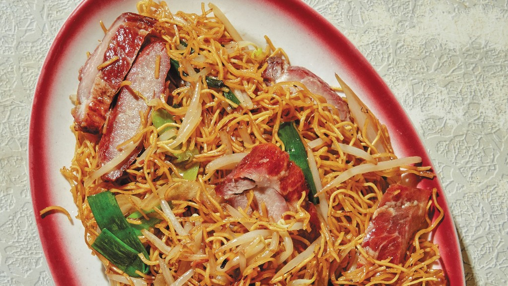 Pan-fried Noodles in Superior Soy Sauce Is An Amazing Weeknight Meal