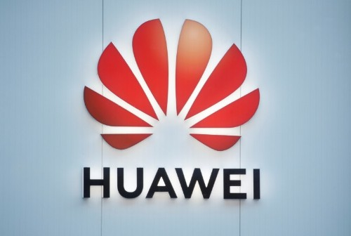 United States cautions Britain over Huawei