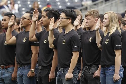APNewsBreak: Army revamps recruiting, hits enlistment goal