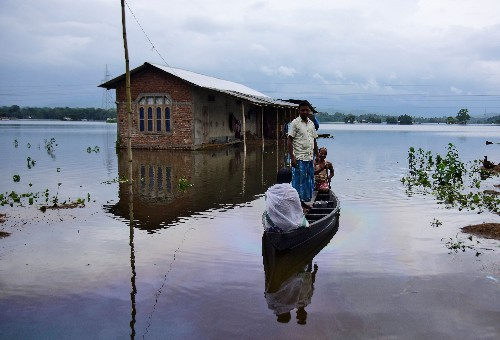 Over 100 killed, millions displaced from floods in India, Nepal and Bangladesh