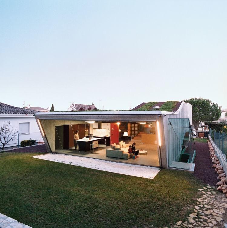 5 Futuristic Homes in Europe