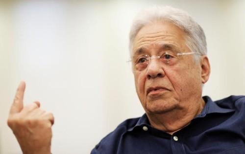 """FHC vê sistema político """"podre"""" e defende mais privatizações contra corrupção"""