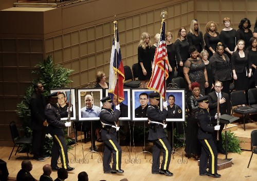 Obama, Bush 43 Pay Respects to Slain Officers in Dallas: Pictures