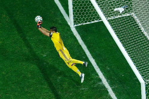 Argentina Through to Final on PK's: Pictures