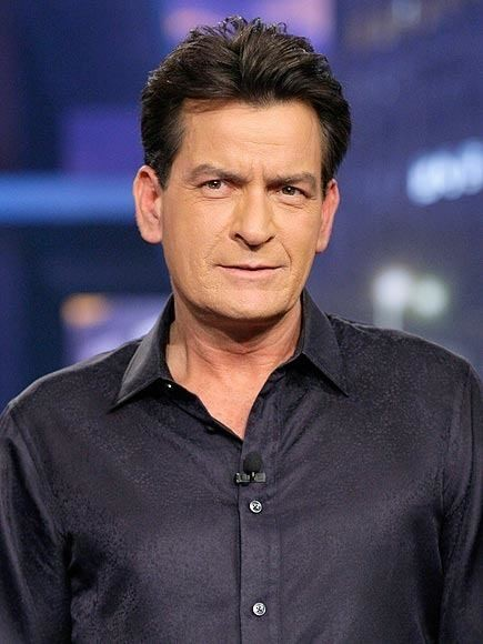 Charlie Sheen Pulls a Knife on His Dentist: Report