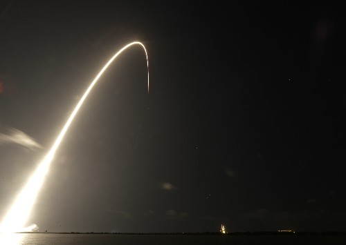 SpaceX launches 60 little satellites, 1st of thousands