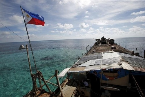 China says Philippine fishermen used fire bombs in South China Sea
